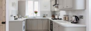 Tonbridge Classic kitchen